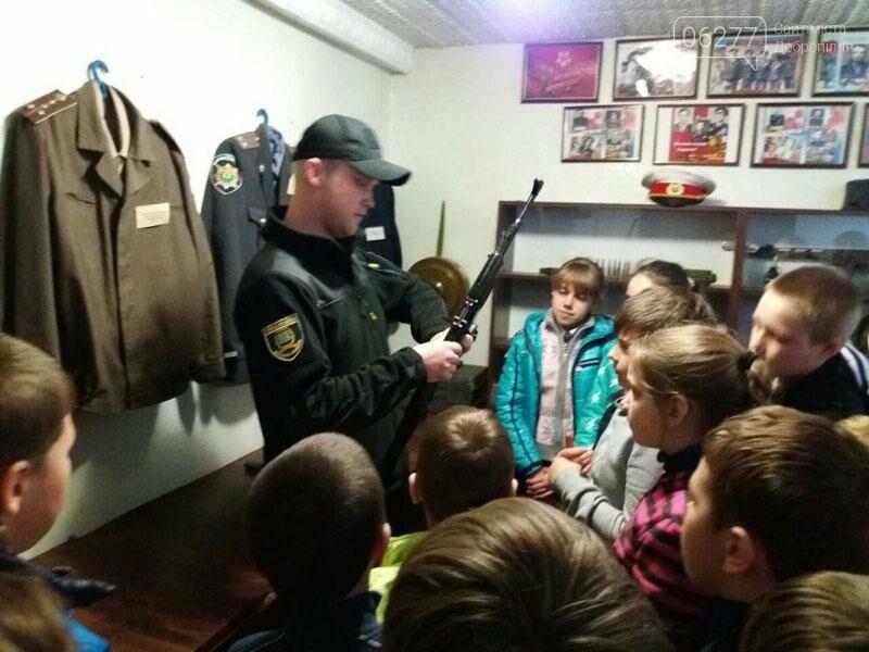 Учащиеся добропольских школ побывали в гостях у полиции, фото-2
