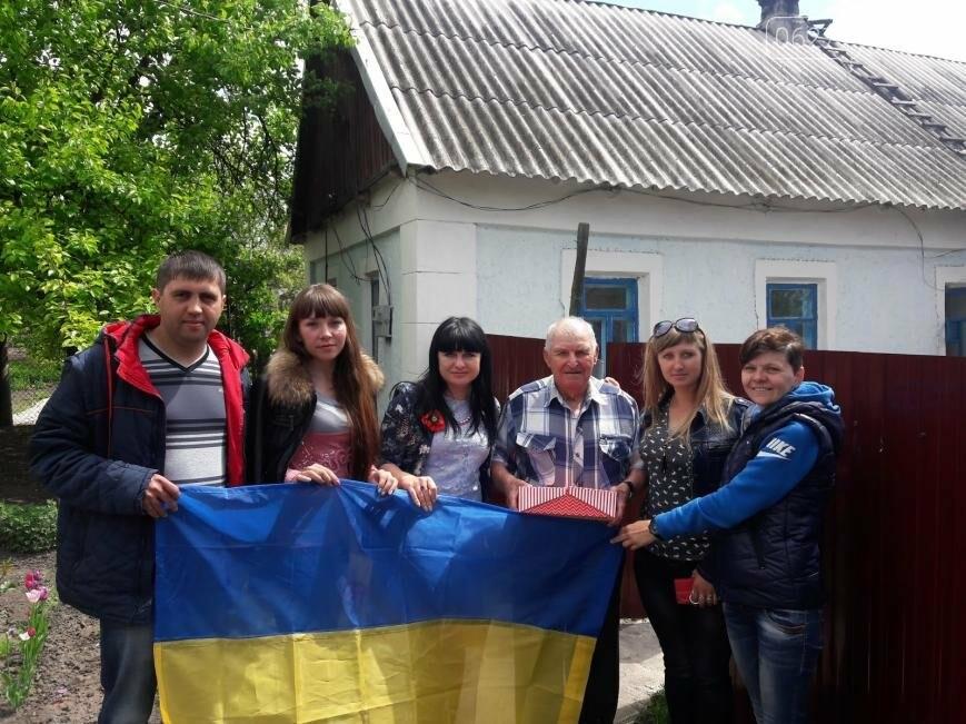 Участники благотворительного автопробега посетили ветеранов 6 сел Добропольского района, фото-3