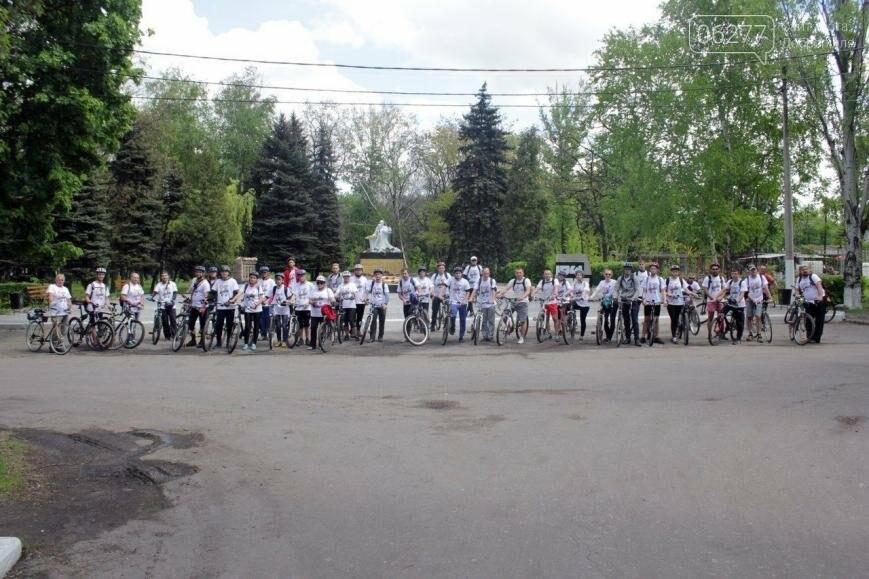 """Добропольский """"Восточный ветер"""" в честь Победы провел 60-километровый велопробег, фото-1"""