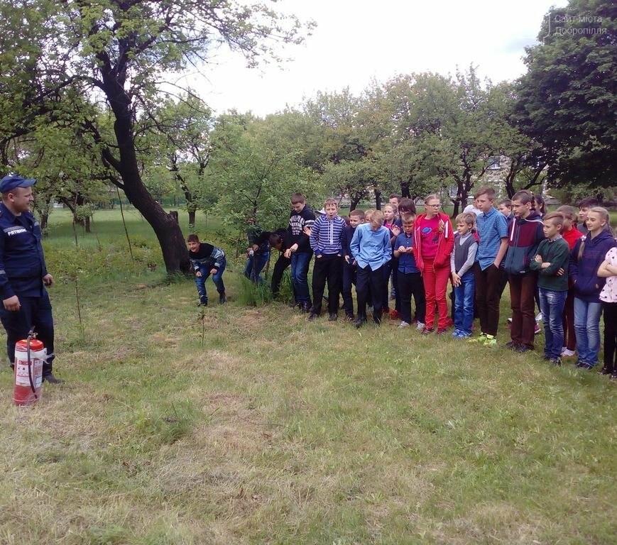 Добропольские спасатели рассказали школьникам о правилах безопасности, фото-2