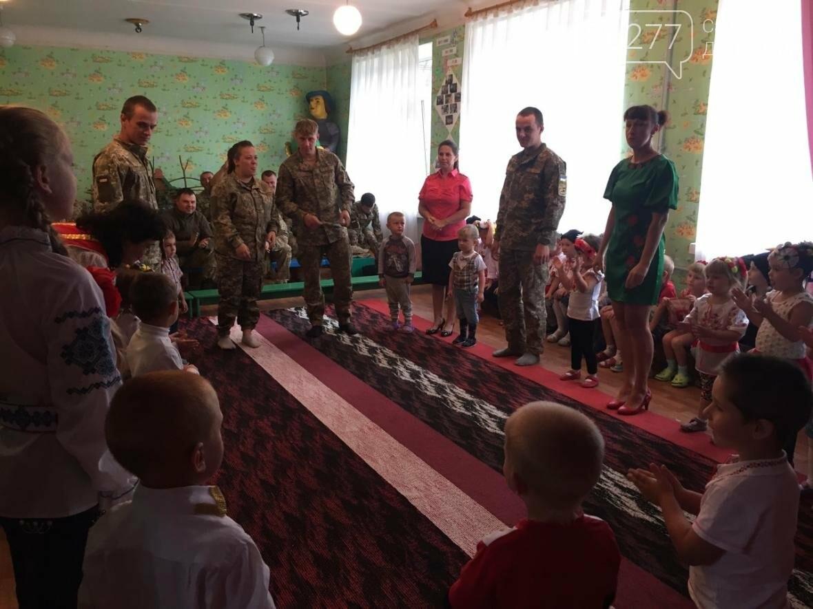 В Добропольском районе дети встретились с военными, фото-3