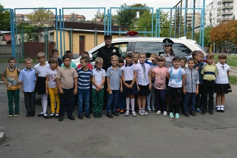 """Для учеников Доброполья правоохранители провели""""Факультатив с полицейским"""", фото-7"""