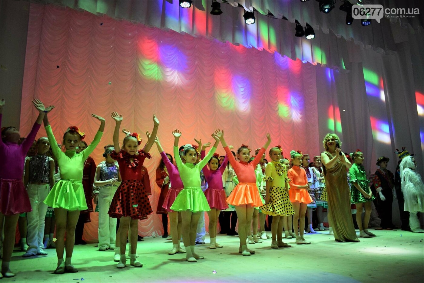 В Центре культуры и досуга Белозёрского прошла презентация зрительного зала, фото-8