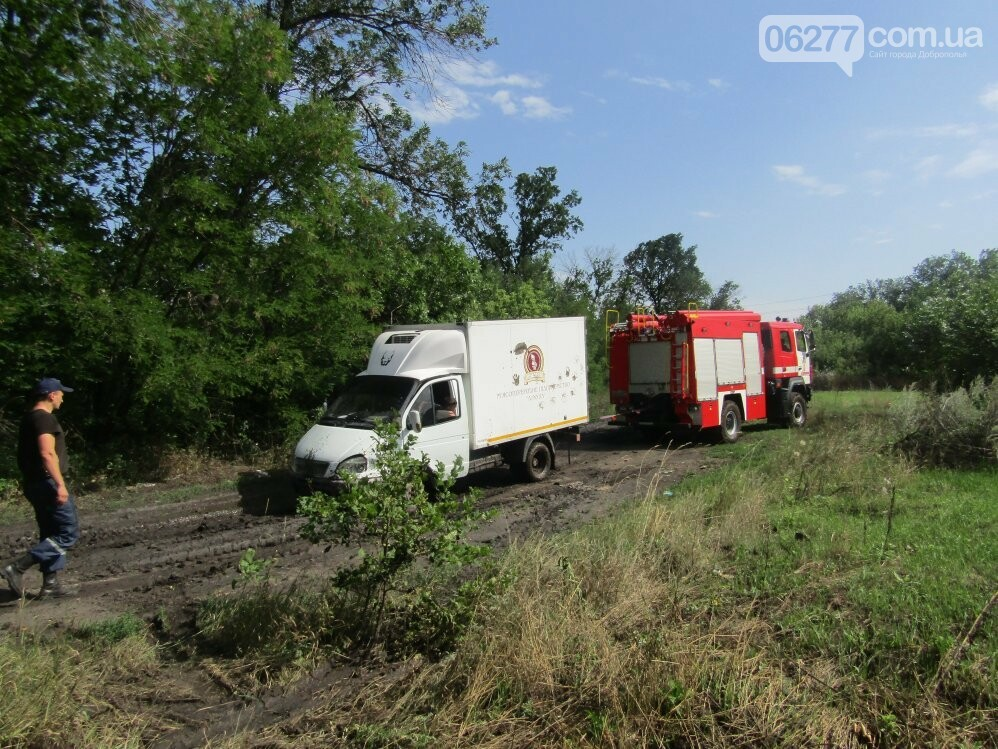 В Добропольском районе спасатели оказали помощь водителю, фото-3
