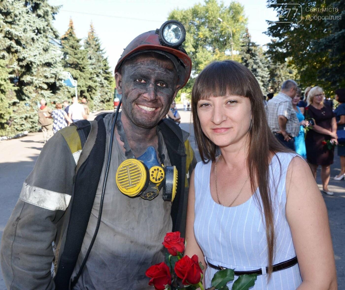 Шахтеры ШУ Добропольское добыли первый миллион тонн угля с начала года, фото-2