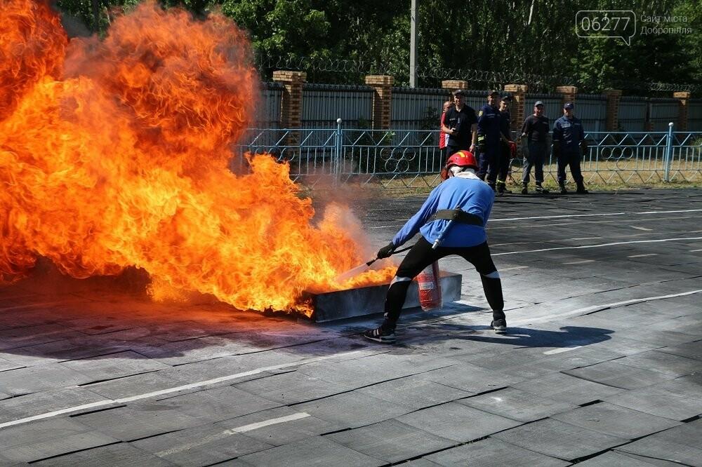 Змагання з пожежно-прикладного спорту: третю сходинку п'єдесталу посіли бійці 19-го ДПРЗ Добропілля, фото-1
