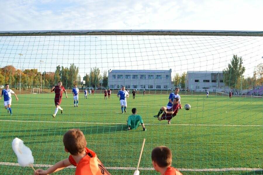 У Добропіллі пройшли футбольні змагання за Кубок мера Добропілля, фото-1