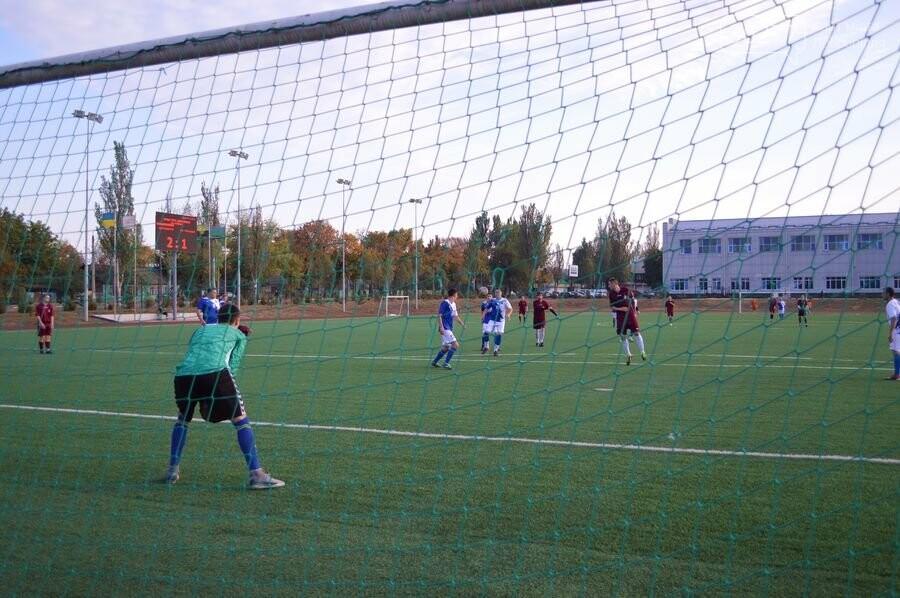 У Добропіллі пройшли футбольні змагання за Кубок мера Добропілля, фото-2