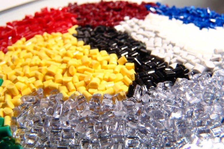 Пластмассы - виды, свойства и применение, фото-1